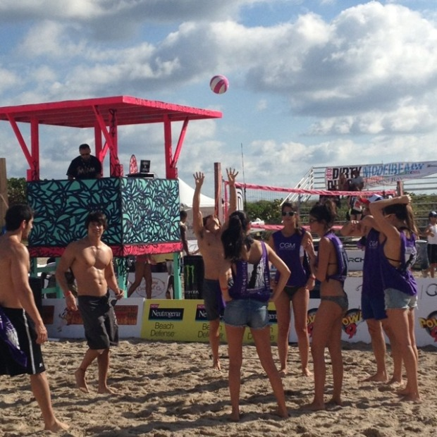 alexander mijares art and nina agdal volleyball tournment